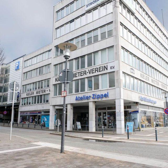 Corona Testzentrum Kiel von außen beim Kieler Mieter-Verein e.V.